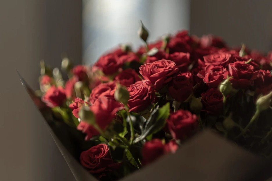 How To Create a Rose Bouquet for a Birthday?
